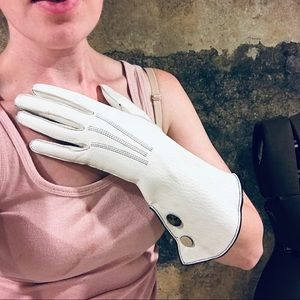 Vintage white leather gloves with contrast buttons